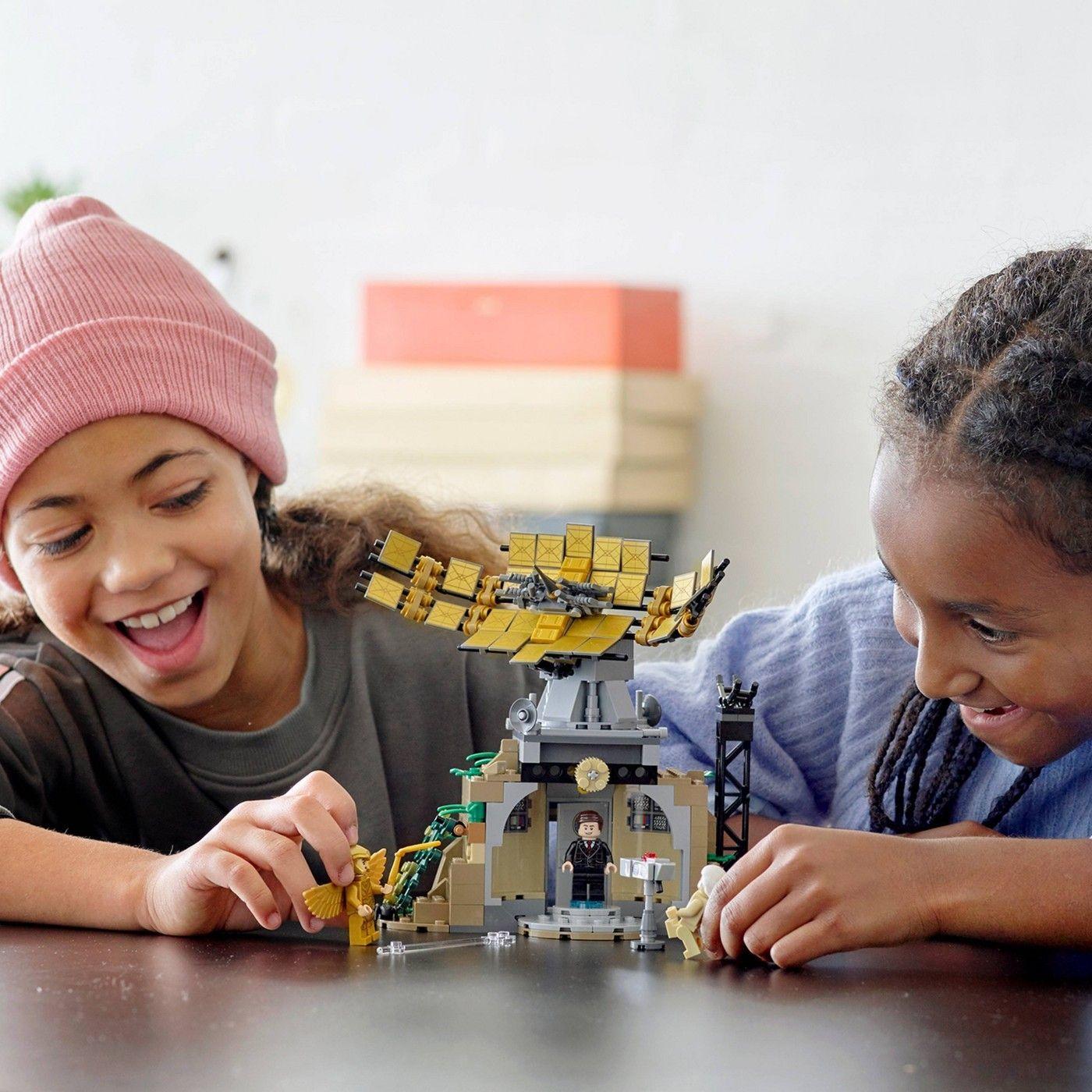 Lego Dc Wonder Woman Vs Cheetah Building Kit 76157 In 2020 Lego Super Heroes Lego Dc Wonder Woman Vs Cheetah
