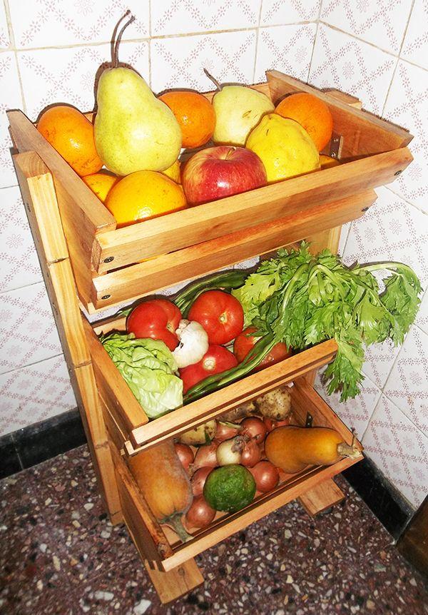 Organizador de frutas y verduras tero hecho con palets for Reciclado de palets sillones