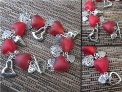Foliohelmi matta sydän pieni punainen FH0154 - Helmien talo