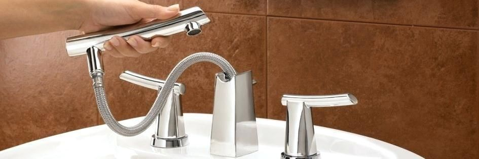 Roman Tub Faucet With Pull Out Sprayer