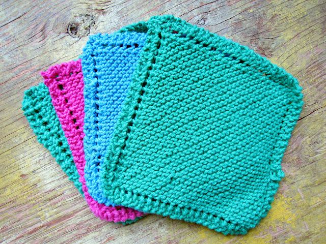 super easy knitted dishcloths...I can't stop making these!!!