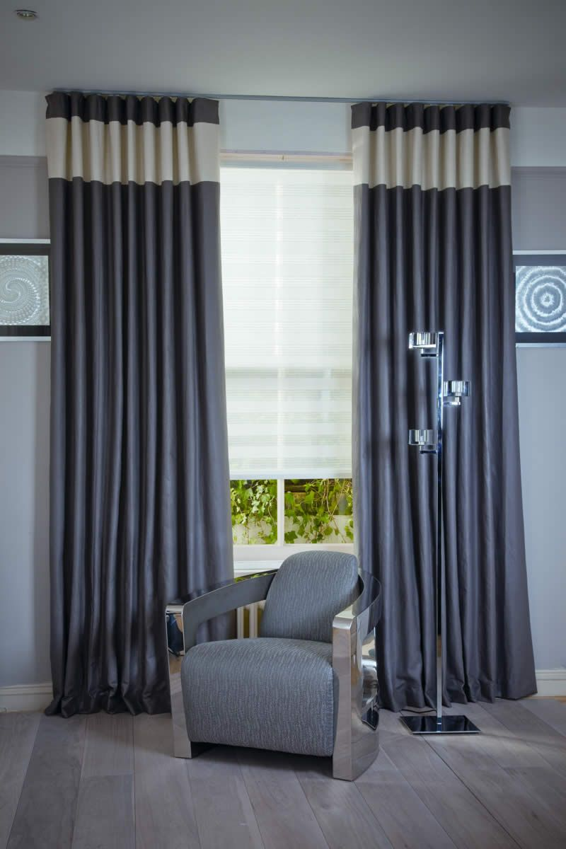 White Blinds Living Room With Curtains
