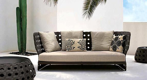 Woven sofa (plastic?) looking very stylish with