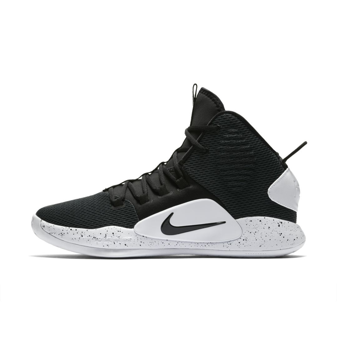 on sale f913b 8e467 Nike Hyperdunk X Basketball Shoe Size 9 (Black)