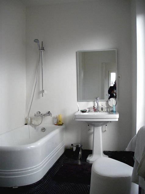 1000  images about Bathroom on Pinterest   1930s bathroom  Bathroom and 1930s. 1000  images about Bathroom on Pinterest   1930s bathroom