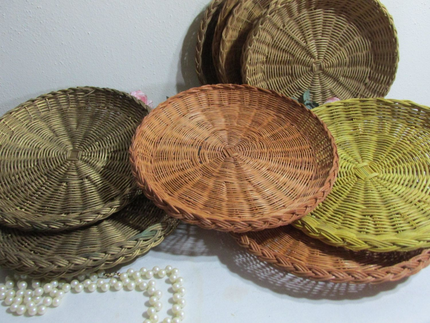 Wicker Paper Plate Holder Set of 15 in 2 Sizes by LuRuUniques on Etsy & Wicker Paper Plate Holder Set of 15 in 2 Sizes by LuRuUniques on ...