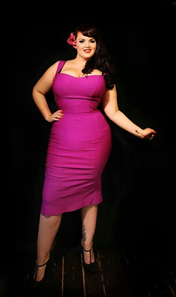 Plus size, pin up, vintage inspired, knee length, pink   Rockabilly ...