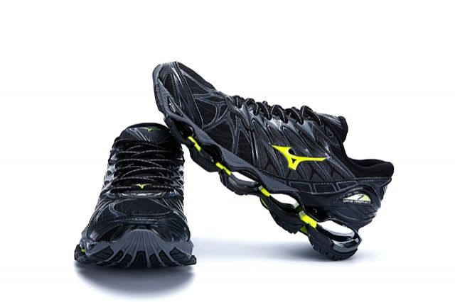 mizuno wave prophecy 2 preto e amarelo original video