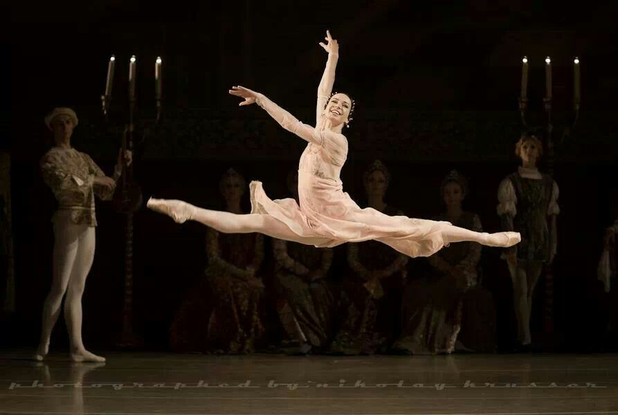 "Diana Vishneva in ""Romeo and Juliet"" /Mariinsky Theatre /photo by Nikolay Krusser"