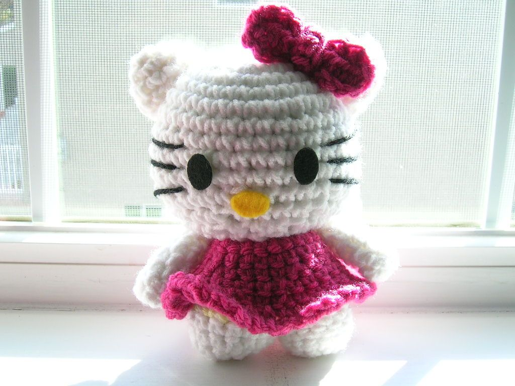 Free Crochet Pattern Hello Kitty Hat : crochet, my little pony hat pattern, free FREE HELLO ...