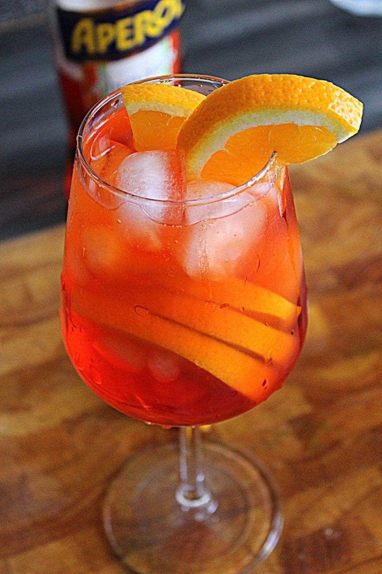 Pirlo Cocktail Recipe Brescia S Version Of The Spritz Best Italian Cocktails Spritz Drink Smoothie Drinks Spritz