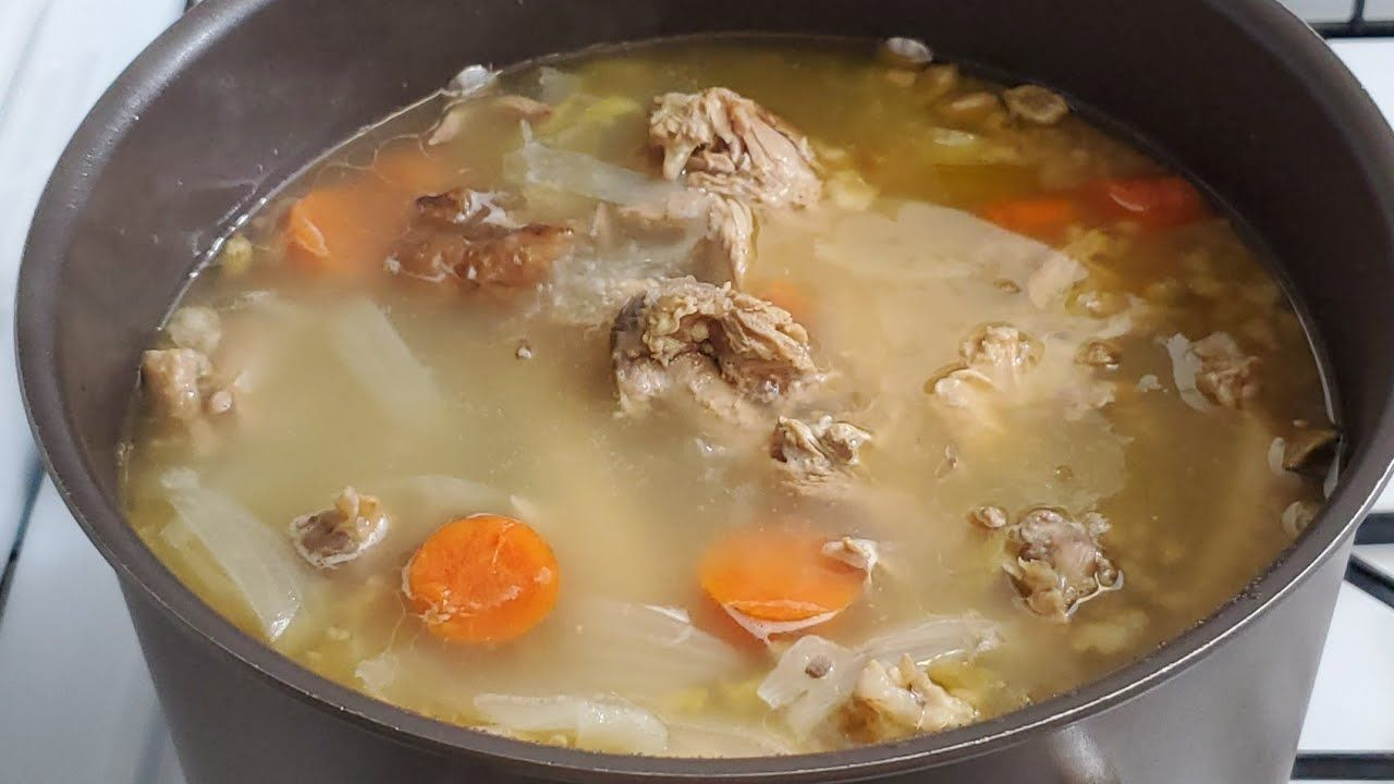 طريقة تحضير مرقة الحبشة الديك الرومي Homemade Turkey Broth Recipe Youtube Dishes Food Chowder