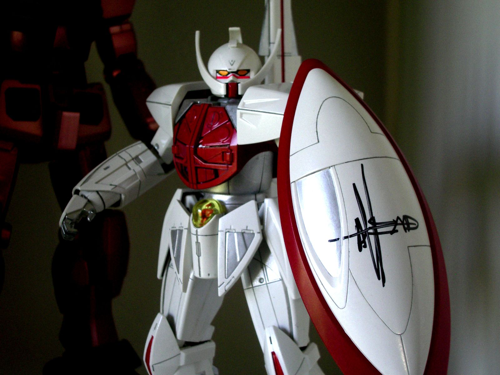 Turn A Gundam kit with the autograph by Mr. Syd Mead