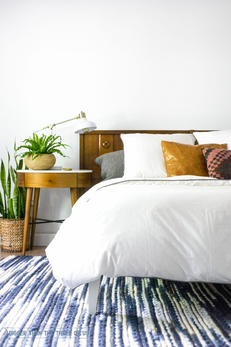 Modern Eclectic Mid Century Bedroom with white duvet