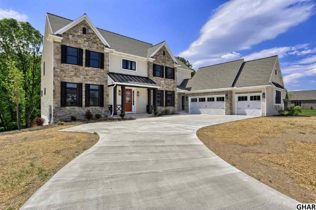Check Out The Home I Found In Harrisburg New Homes For Sale New Homes House Styles