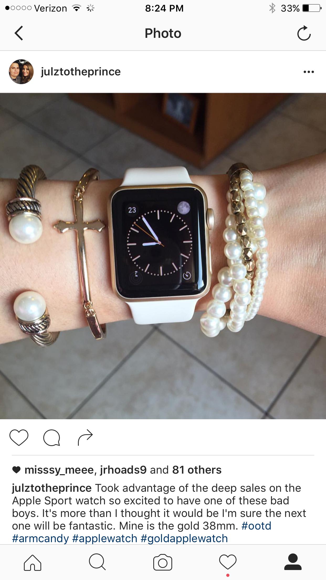 Apple Watch gold 38mm 1st gen with bracelets