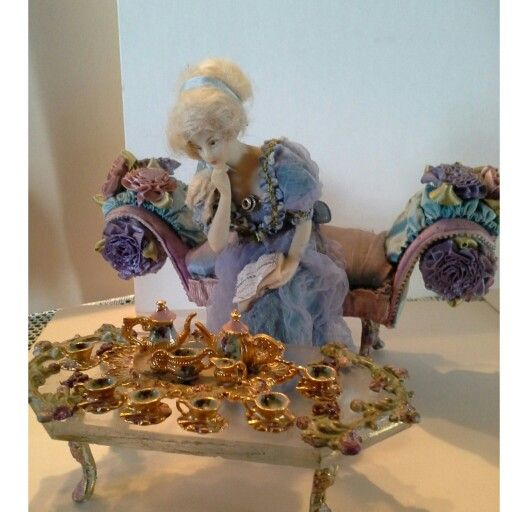 1:12 scale teaset by Len and Anne Roder