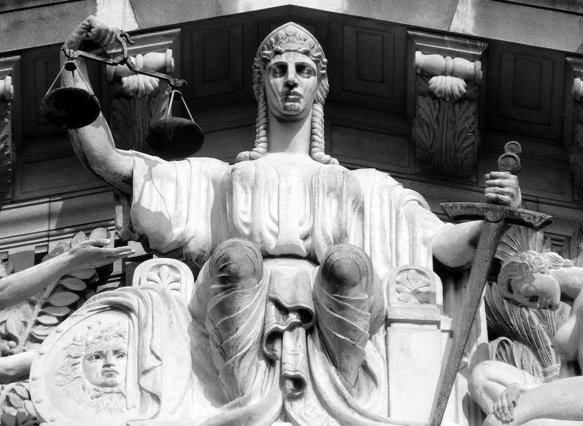 """-A justiça italiana anulou a condenação de um homem por pedofilia, considerando que o tribunal de recurso havia subestimado a """"relação amorosa"""" entre o acusado, de 60 anos, e a sua vítima, uma criança de 11 anos."""