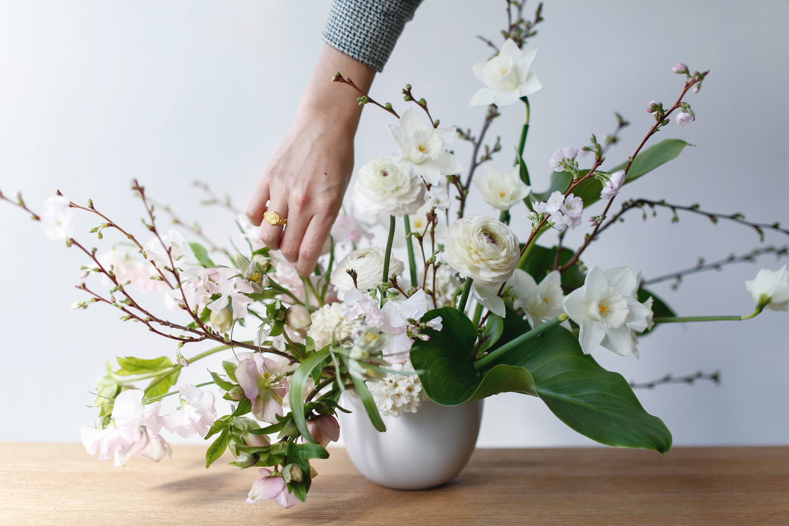 Start Here For The Basics Of Making A Tabletop Flower Arrangement A Guide To Choosi Floral Designs Arrangements Flower Arrangement Designs Flower Arrangements