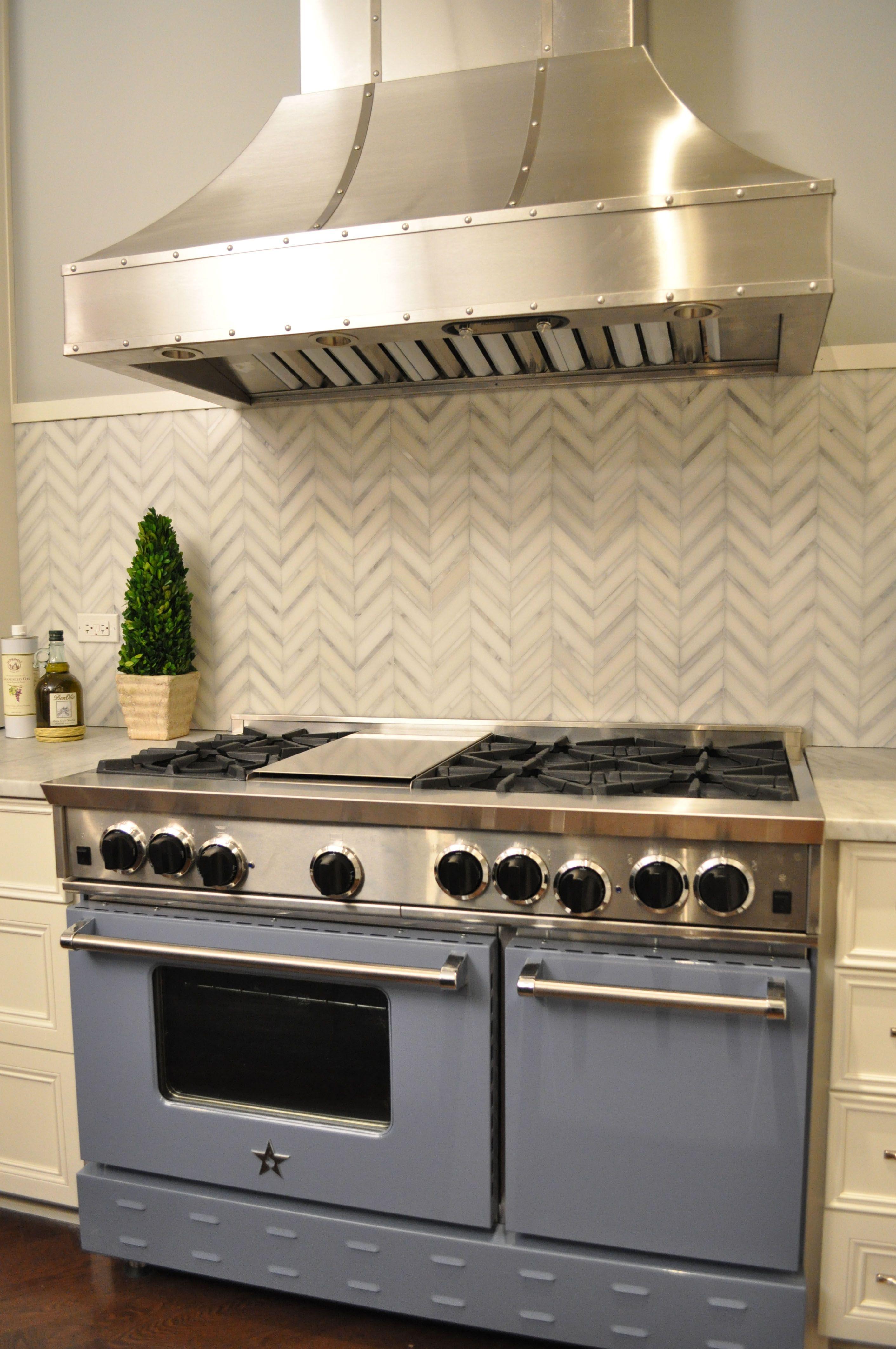 chevron tile backsplash | Kitchen | Pinterest