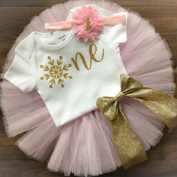 Photo of Traje de cumpleaños de invierno Onederland, traje de cumpleaños de copo de nieve, traje de cumpleaños rosa y dorado, conjunto de tutú de primer cumpleaños, cumpleaños de invierno