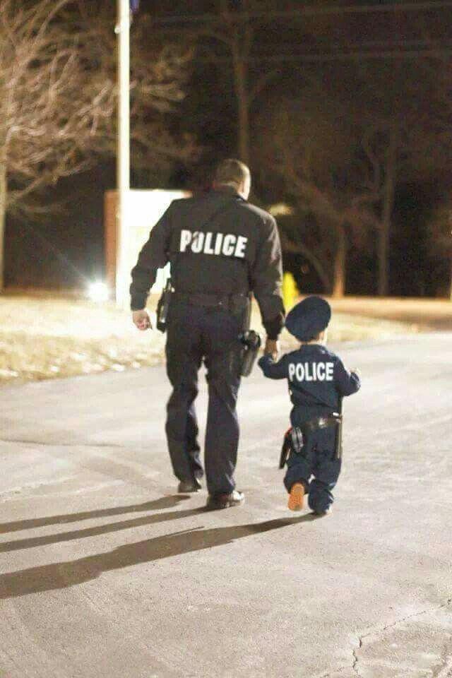 Pin By Kristina Wilhelm On Police K9 Police Baby Police Family Police Love
