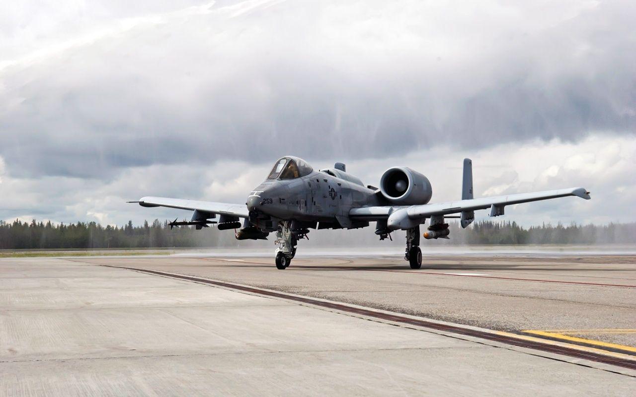 A 10 Taxiing Aircraft A10 Warthog Thunderbolt