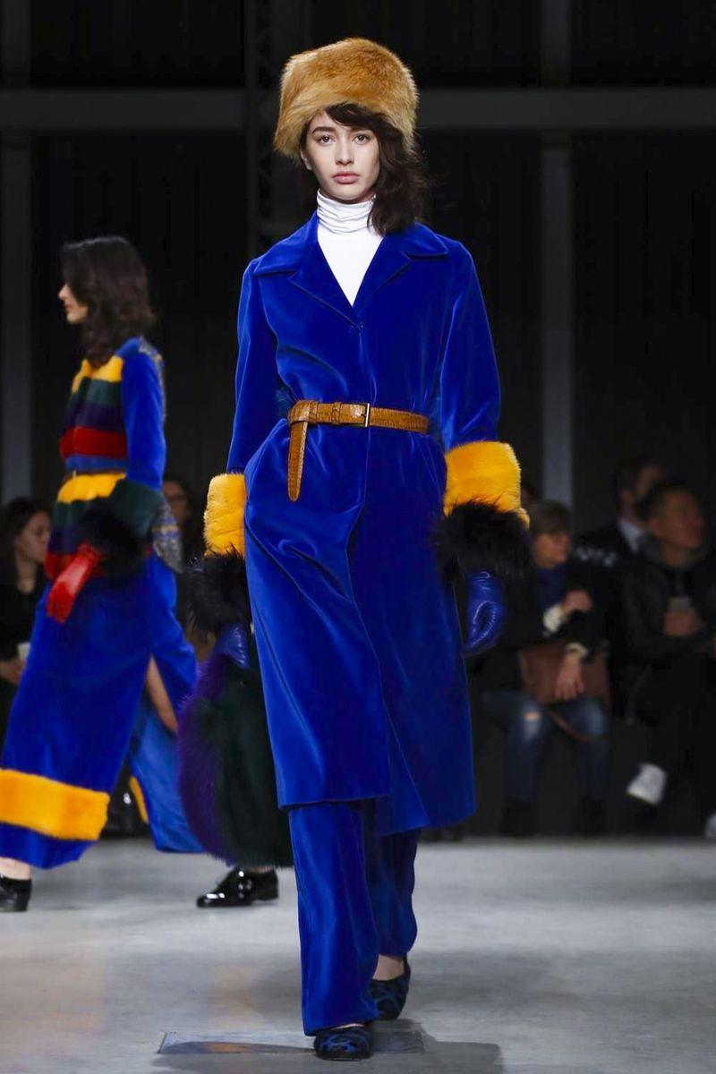 Simonetta Ravizza Fashion Show Ready to Wear Collection Fall Winter 2017 in Milan