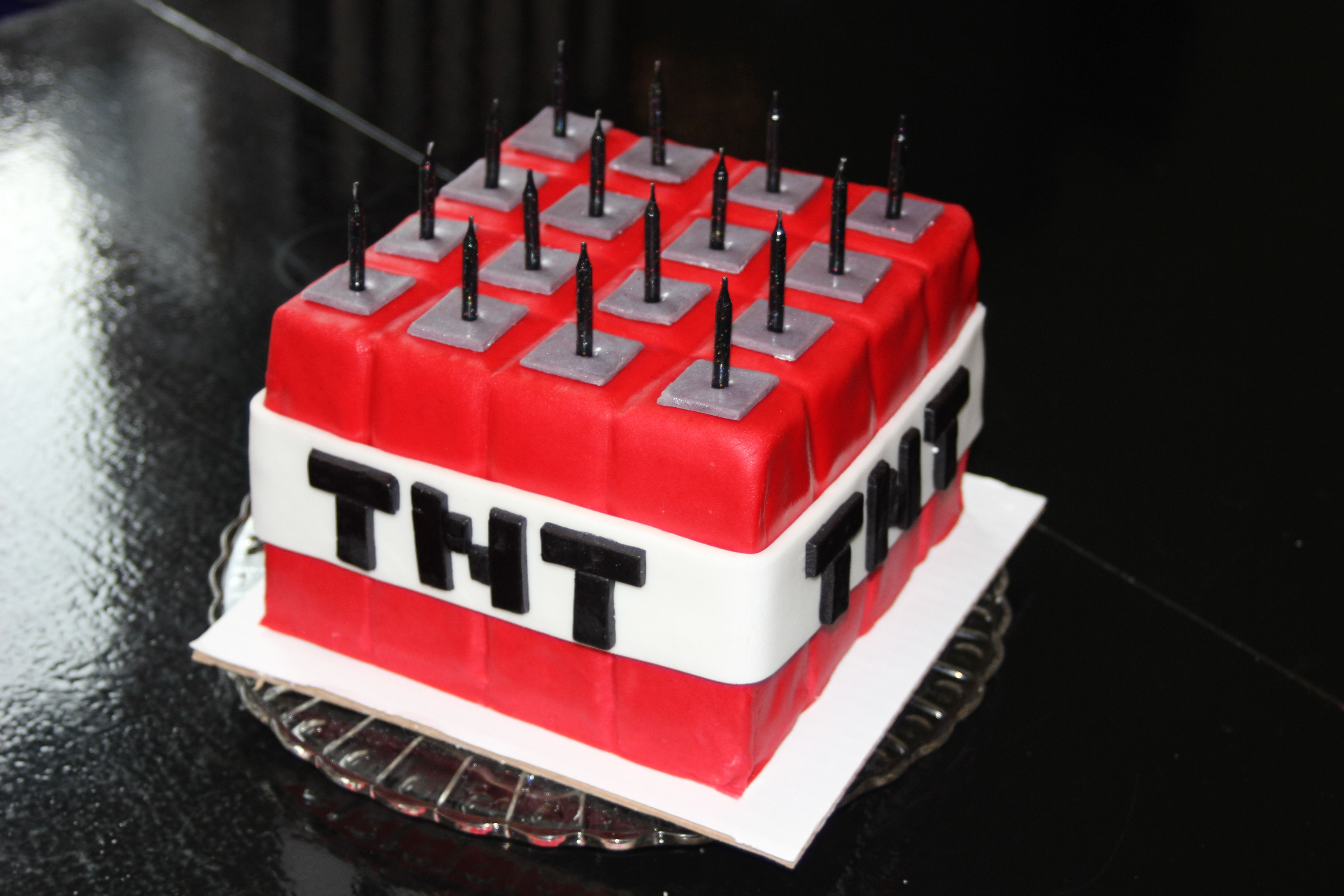 Tnt Minecraft Cake With Images Minecraft Cake Birthday Party