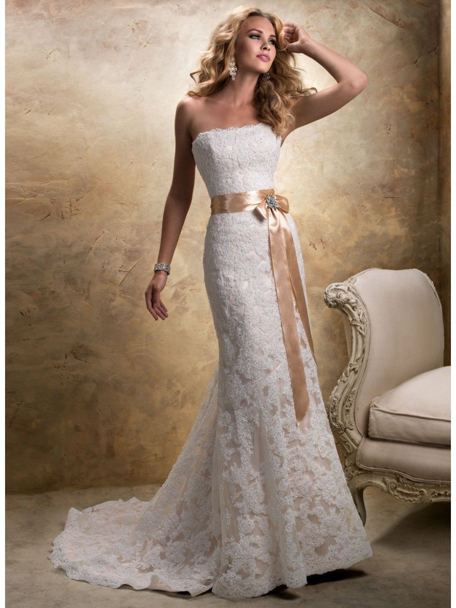 Elegant Sheath Strapless Court Train Ivory Lace Wedding Dresses Cheap