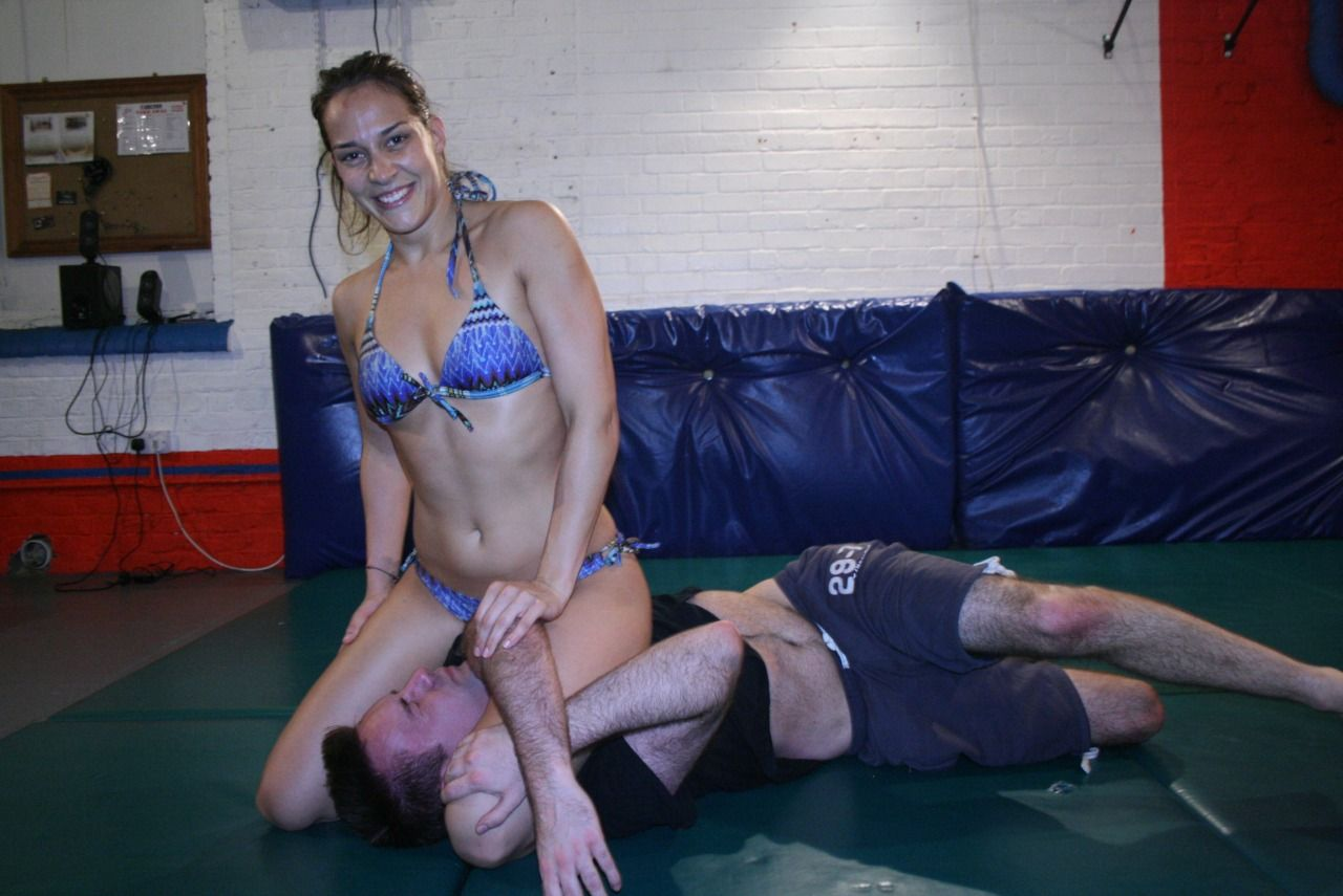"honeylws: "" Some more pics of Mara in mixed wrestling action at London  Wrestling Studio taken yesterday. #mixedwrestling #hungarian #bikini ..."