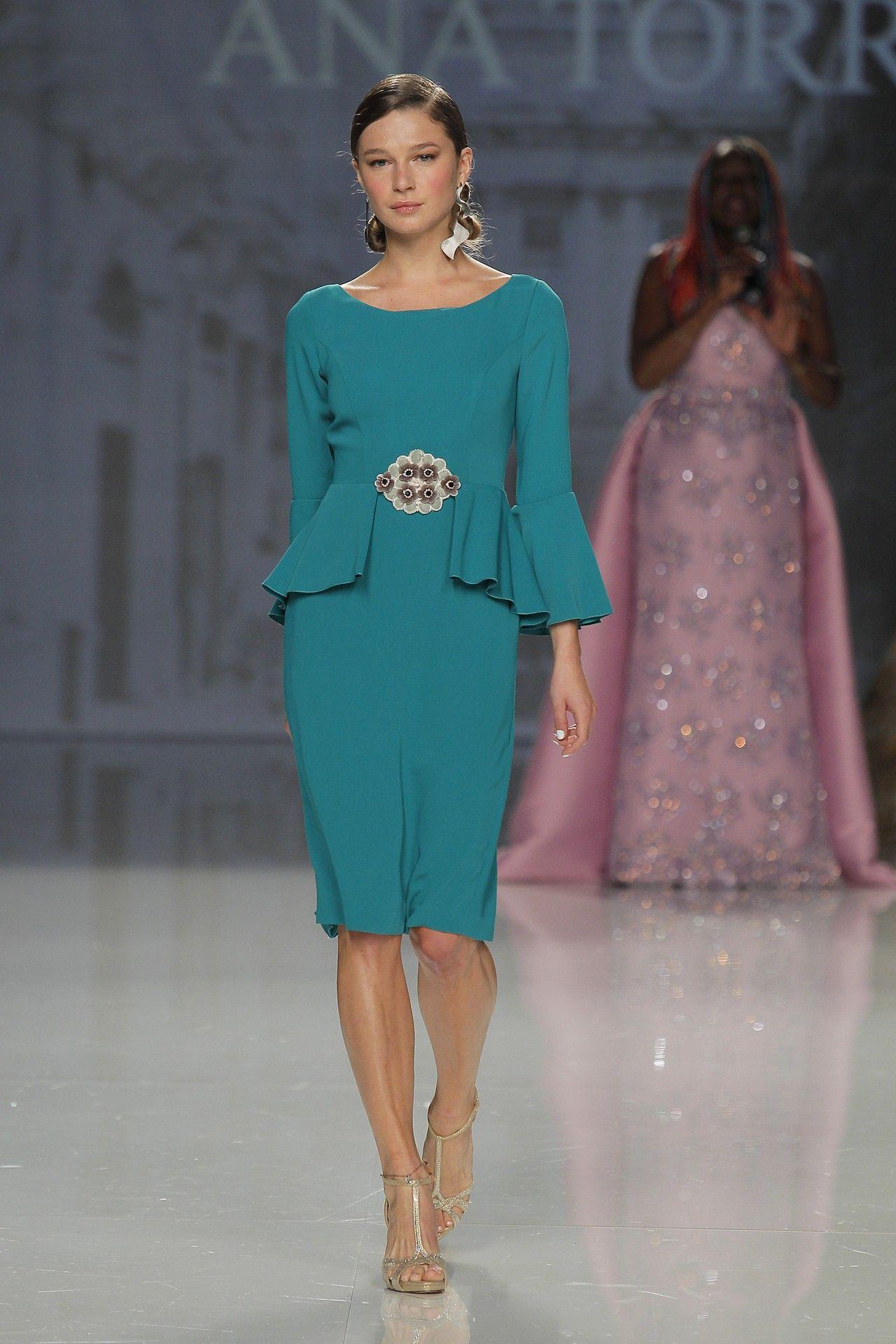 Ana Torres 2018 Modelo 18405A Sencillo vestido corto para madrina de ...