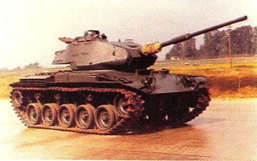 M24 Chaffee con cannone 60/70 di Oto Melara