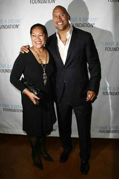 #MotherSonBound #Ohana4Life #DwayneJohnson #TheRock with his #amazing mom #AtaJohnson