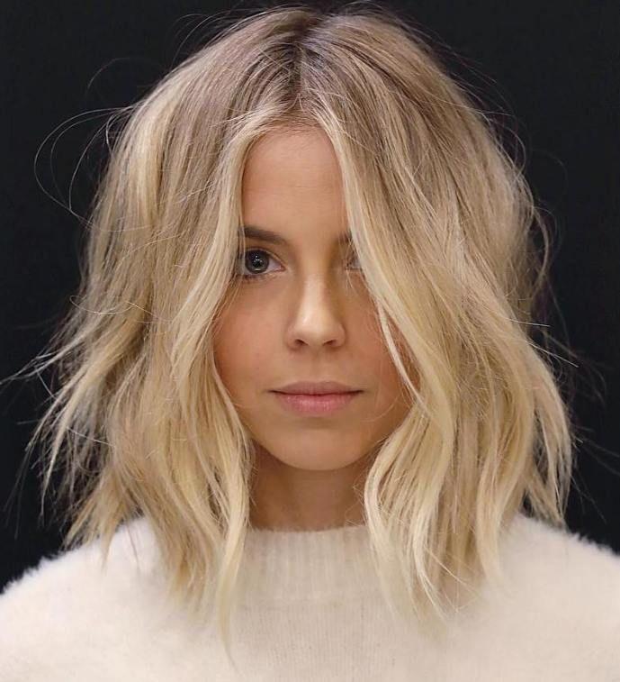 60 Fun and Flattering Medium Hairstyles for Women #hairandmakeup