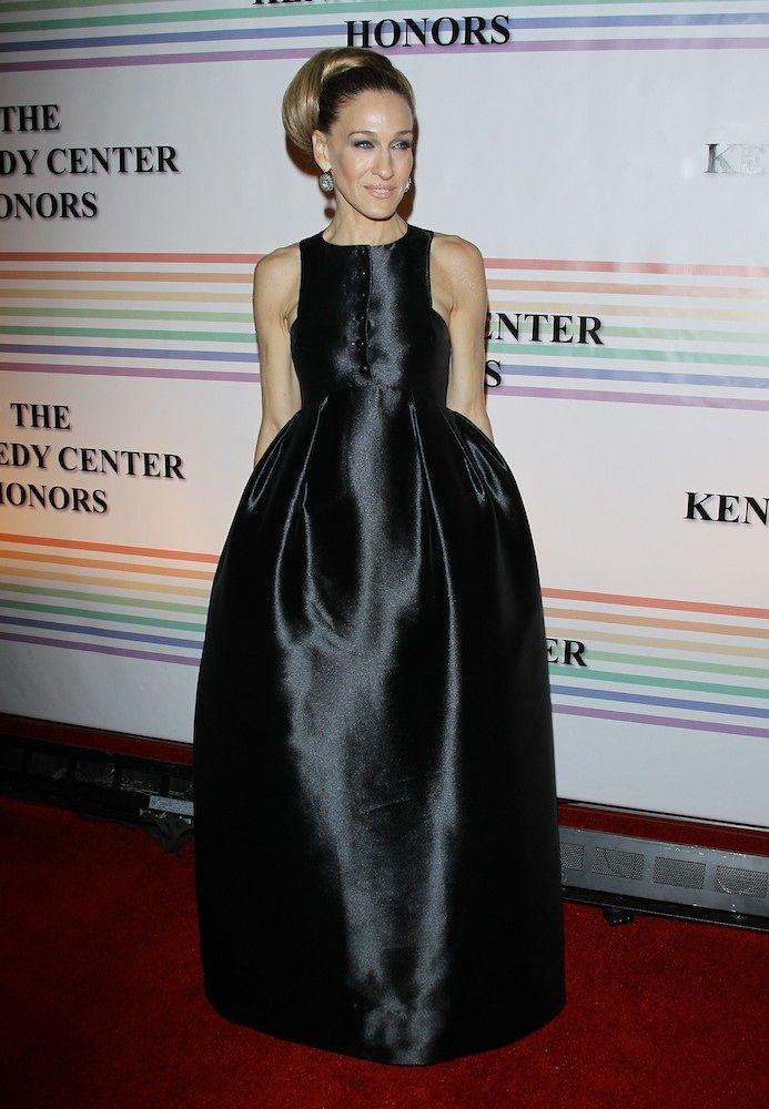 Sarah Jessica Parker can make a voluminous skirt look crazy chic