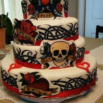 My wedding cake!! If I every take the plunge, again