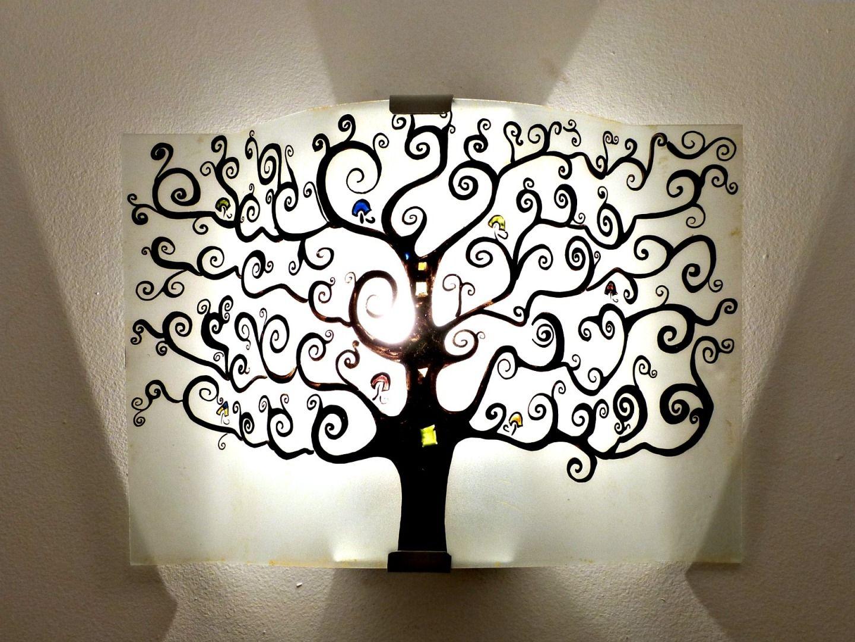 Luminaire applique murale noire et blanc arbre de vie for Appliques luminaires