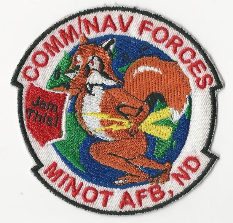 US NAVY PATCH - COMM/NAV FORCES - MINOT AFB, ND