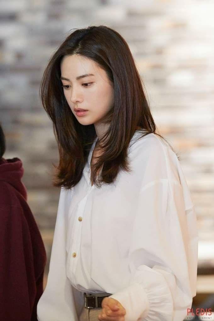 Nana This Week Nana Imjinah Medium Hair Styles Korean Hair Color Korean Long Hair