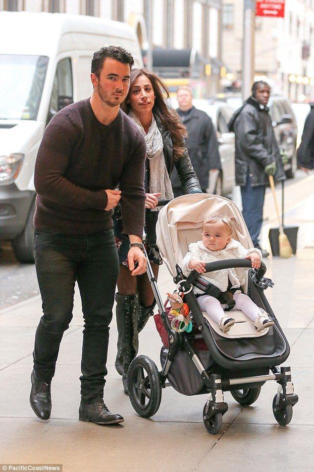 Joe Jonas Daughter