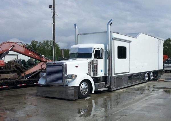 Sweet Race Car Hauler Outlaw Trucking Awesome Trucks
