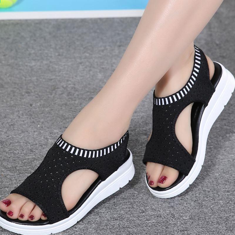 2018 női nyári szandál lapos vad lélegző kényelmes alkalmi cipő kültéri háló fekete fehér női cipő Zapatos De Mujer
