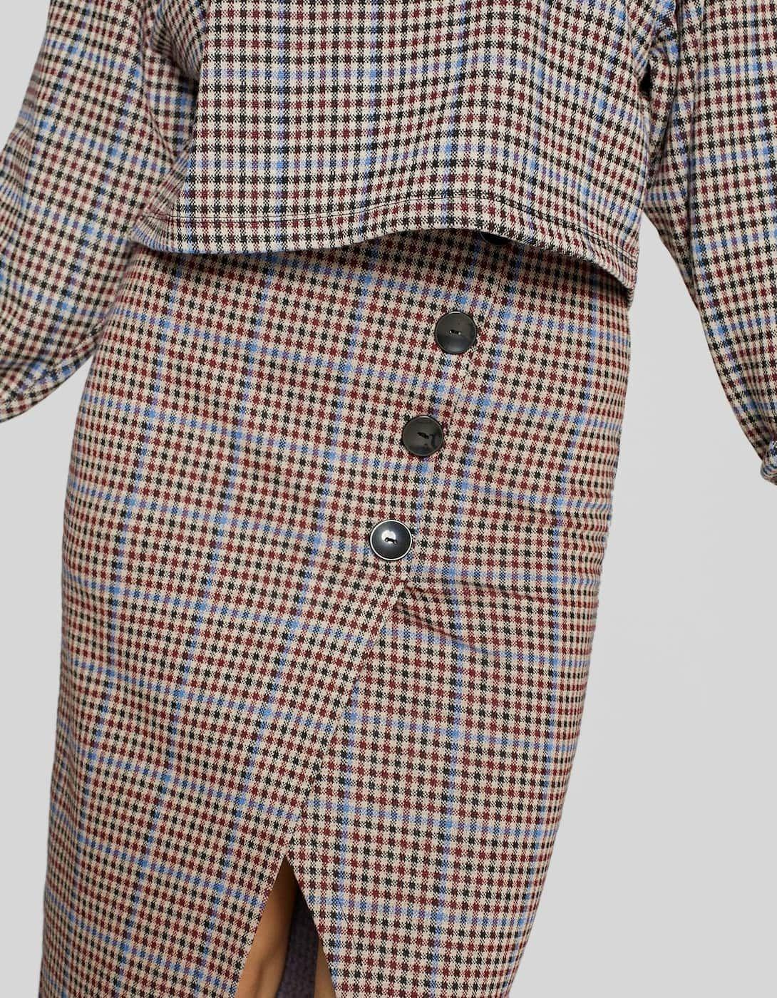 d715f56b904 Jupe crayon carreaux - Jupes et robes-salopettes