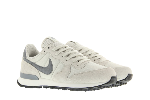 nike wmns internationalist grijs