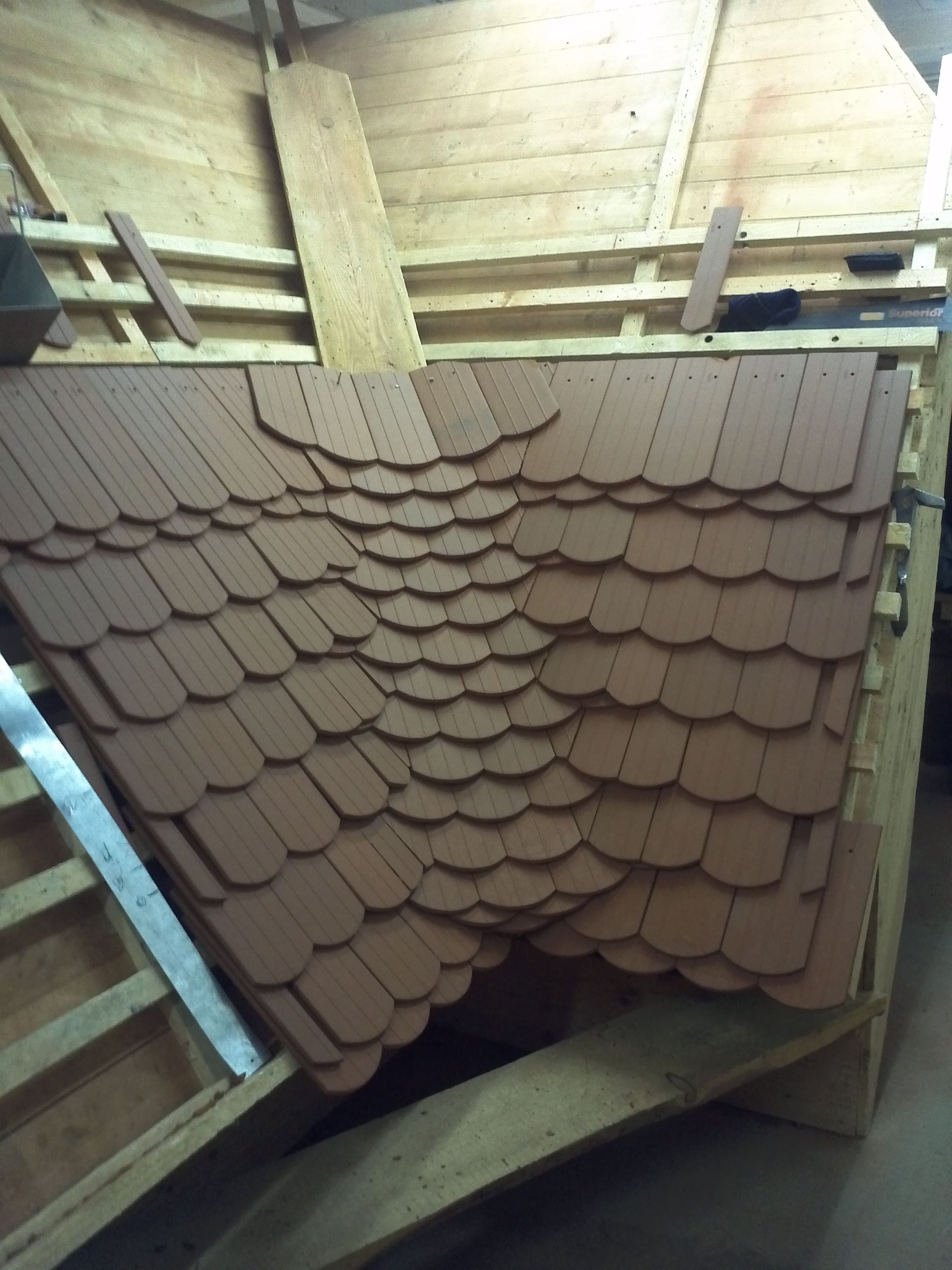 Some Different Beavertail Tile Integrated Valleys Roof Design Roof Decoration Modern Roofing