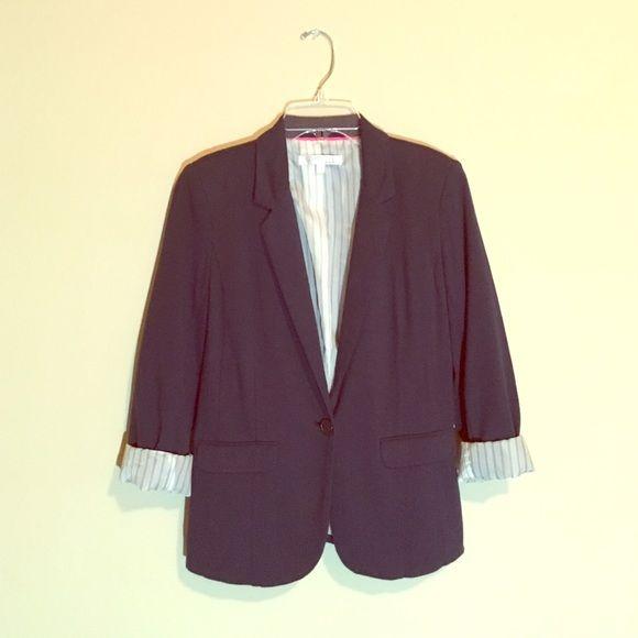 Dark Navy Blazer Color: looks navy (sometimes looks black). Size: small. Great condition. Ellen Tracy Jackets & Coats Blazers