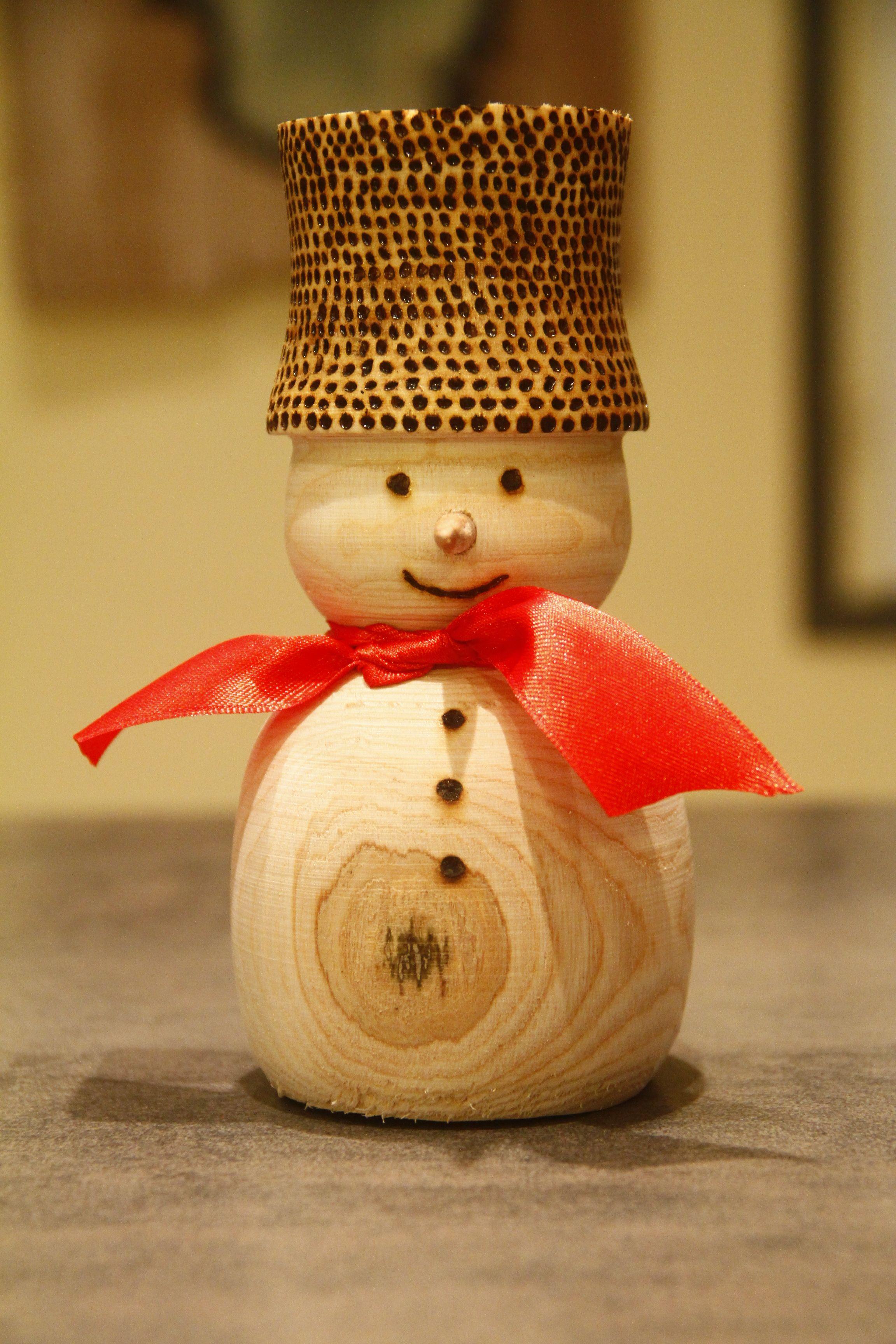 Bonhomme de neige en bois tourn bois tourn pinterest bonhommes de neige en bois bois - Bonhomme de neige en bois ...