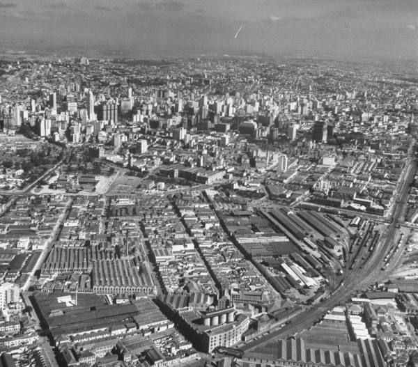 LIFE - Hosted by GoogleAerial view of industrial section in the city. Location:	Sao Paulo, Brazil Date taken:	August 1947 Photographer:	Dmitri Kessel Size:	1280 x 1125 pixels (17.8 x 15.6 inches)