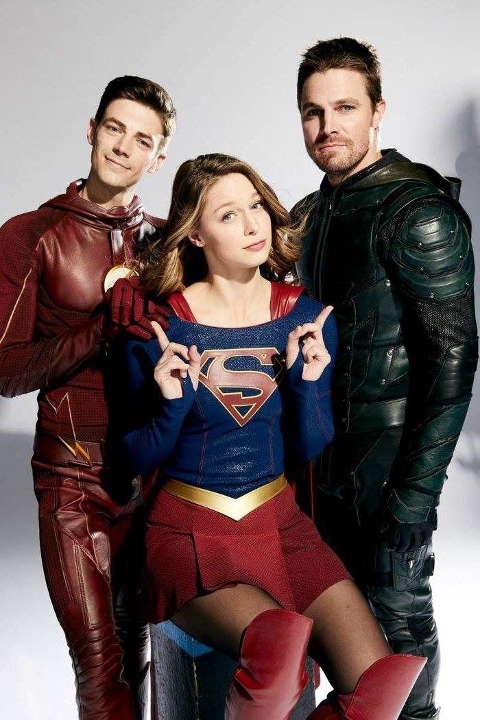 Crossover Personajes De Superman Superhéroes Dc Superhéroe Flash
